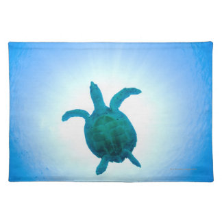 Sea turtle swimming underwater placemat