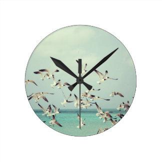 Seagulls Round Clock