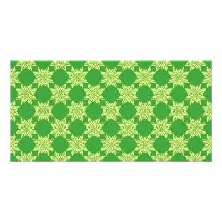 Seamless green leafy pattern photo card