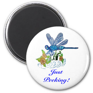 Searching Dragonfly 6 Cm Round Magnet