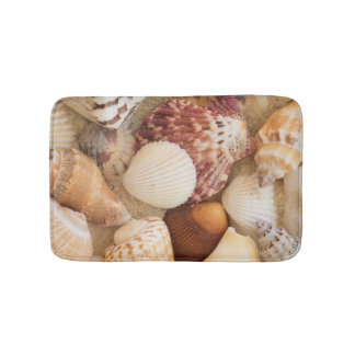 Seashell Arrangement Bath Mat
