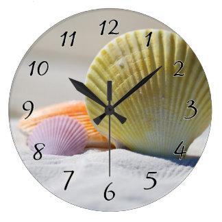 Seashells in White Sand Clock