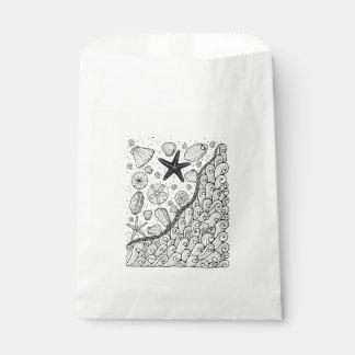 Seashore Line Art Design Favour Bags