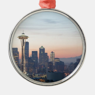 Seattle Silver-Colored Round Decoration