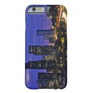 Seattle, Washington skyline at night Barely There iPhone 6 Case