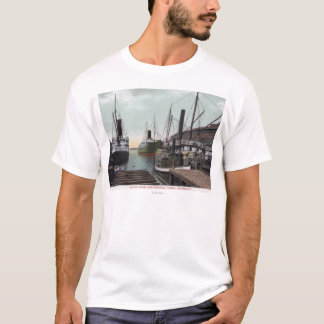 Seattle, WashingtonView of the Dock and Ships T-Shirt