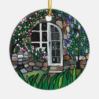 Secret garden door round ceramic decoration