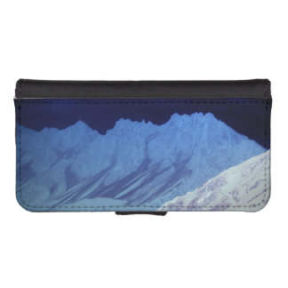 Seefeld mountains phone wallet case