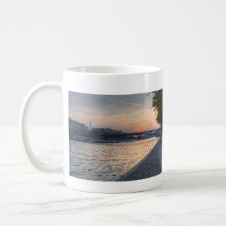 Seine sunset mugs