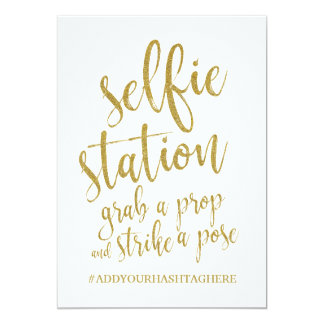 Selfie Station Glitter Gold Affordable Sign Card