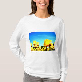 Sera plateau farm of a certain day* Yellow tulip Shirts