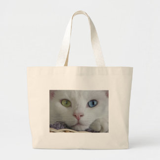 Serenity close-up tote bags