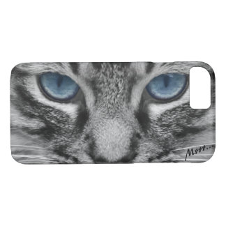 Serious Cat with Blue Eys iPhone 7 Case