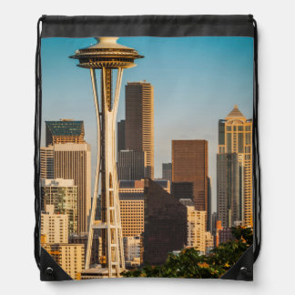Setting Sunlight On The Space Needle And Seattle Drawstring Bag