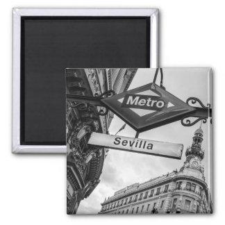 Sevilla Metro Magnet: Madrid Square Magnet