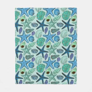 Shades Of Blue Seashells And Starfish Pattern Fleece Blanket