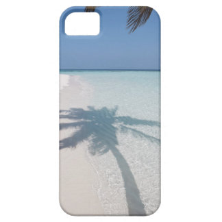 Shadow of a palm tree on a deserted island beach barely there iPhone 5 case