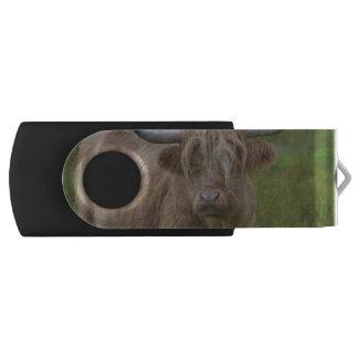 Shaggy Blonde Highland Cow Swivel USB 2.0 Flash Drive