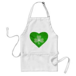 Shamrock Heart apron white