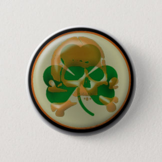 Shamrock skull 6 cm round badge