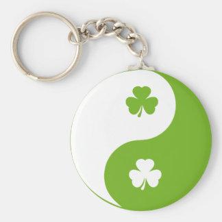 shamrock ying yang key ring