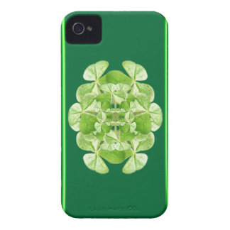 Shamrocks Blackberry Bold Barely There Case iPhone 4 Cases