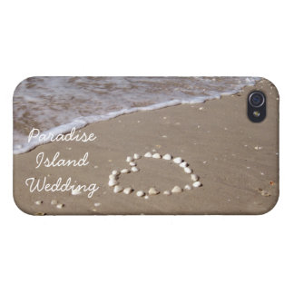 Shell heart on sandy beach cover for iPhone 4