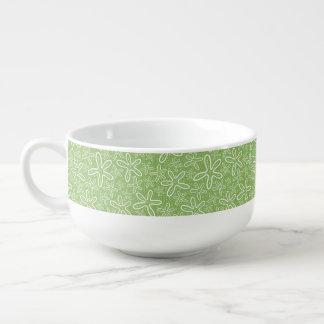Shell Pattern On Spotted Background Soup Mug