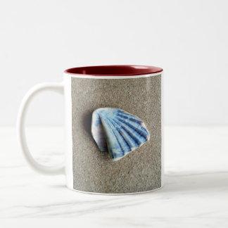 Shell. Two-Tone Coffee Mug