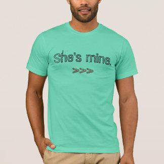 She's mine., >>> T-Shirt