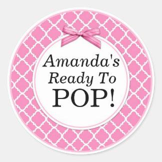 She's Ready to Pop, Pink QuatraFoil Baby Shower Round Sticker