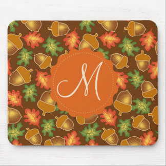 Shiny autumn atmosphere with acorns and oak leaf mouse mat