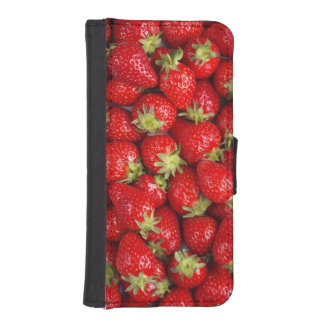Shiny Red Strawberries iPhone SE/5/5s Wallet Case