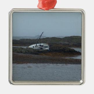 Ship wrecked Silver-Colored square decoration