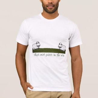 ships wot pass in the nite T-Shirt