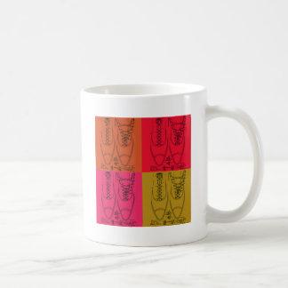 Shoe lacing coffee mug