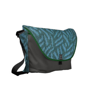 Show your love of forests w/ pine-tree pattern bag commuter bag