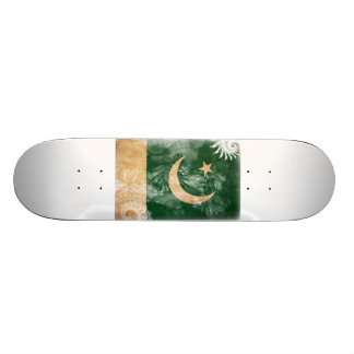Show your Pakistan Pride! 21.6 Cm Old School Skateboard Deck