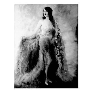 Showgirls - P0001506.Jpg Postcard