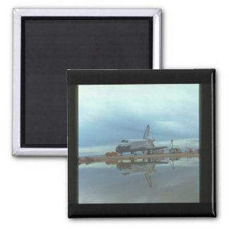 Shuttle reflection_Space Square Magnet