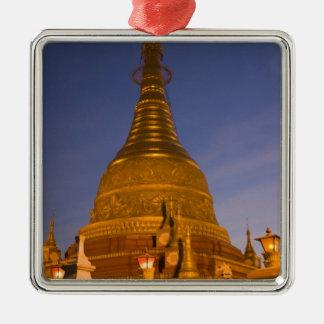 Shwe Myin Tin Temple, dusk, Make Tehi Lar, Christmas Ornament
