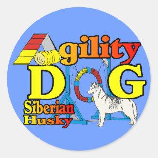 Siberian Husky Agility Classic Round Sticker