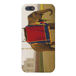 Side profile of an elephant, Taj Mahal, India iPhone 5 Covers
