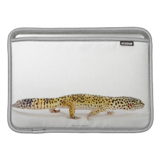 Side view of leopard gecko lizard sleeve for MacBook air