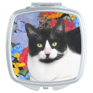 """Sidney"" Compact Mirror"