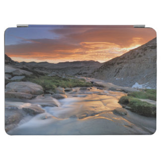 Sierra Wave over Yosemite iPad Air Cover