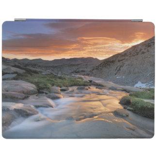 Sierra Wave over Yosemite iPad Cover