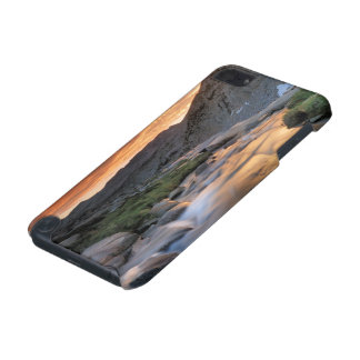 Sierra Wave over Yosemite iPod Touch (5th Generation) Case