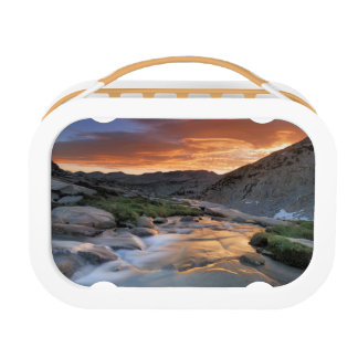 Sierra Wave over Yosemite Lunch Box
