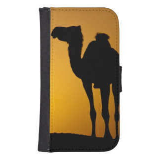 Silhouette of a wild camel at sunset samsung s4 wallet case